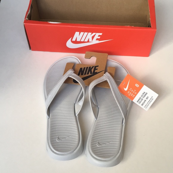 d7f0eb72e9e2 NWT   box Nike ultra Celso thong sandals